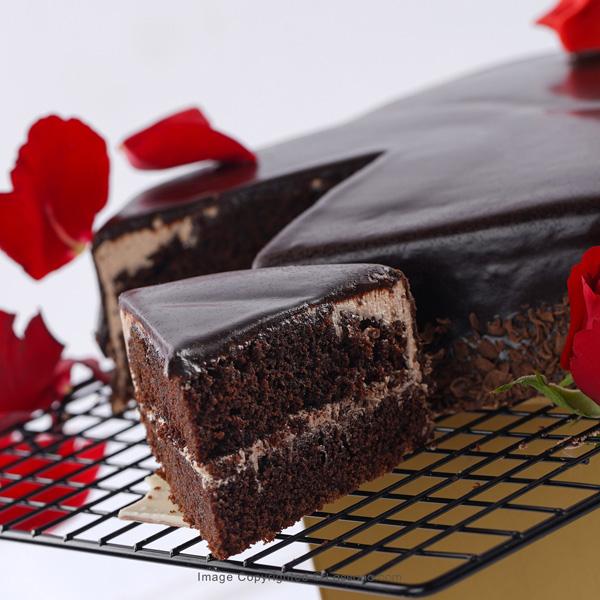 SPECIALLY FOR YOU FUDGE CAKE - 1kg (2.2 lbs) - Lassana Cakes - in Sri Lanka