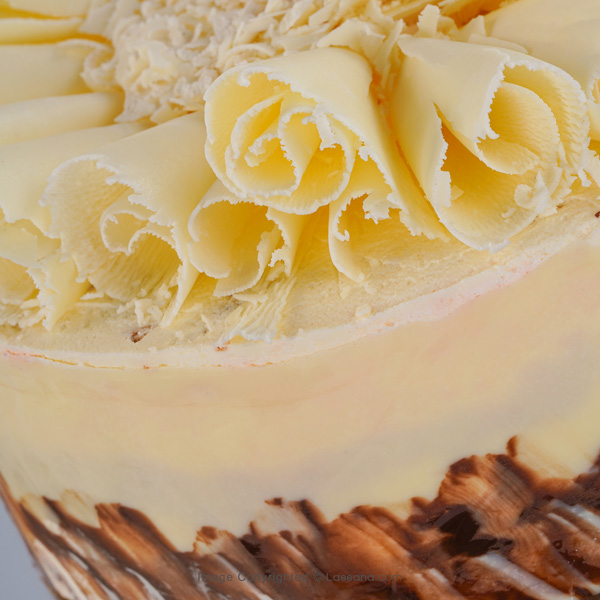 ROSE BLANC CAKE 1.3kg (2.8lbs) - Lassana Cakes - in Sri Lanka