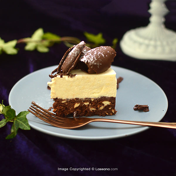 FUDGE BOTTOM CHEESECAKE - 920G (2lbs) - Lassana Cakes - in Sri Lanka