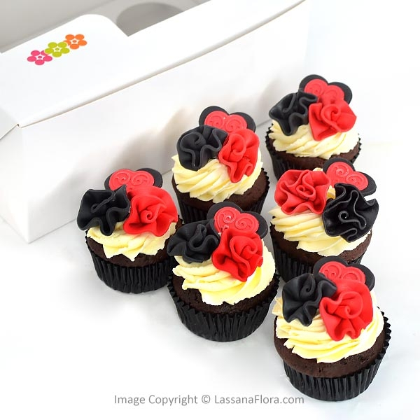 PERFECT MIX CHOCOLATE CUP CAKE (06 NOS) - Lassana Cakes - in Sri Lanka