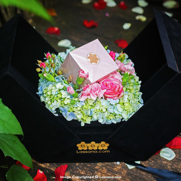 EVERLASTING JOY - Assorted Gift Packs - in Sri Lanka
