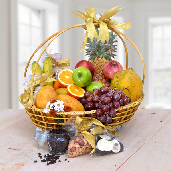 GOOD WISHES ON NEW YEAR FRUIT BASKET - Fruit Baskets - in Sri Lanka