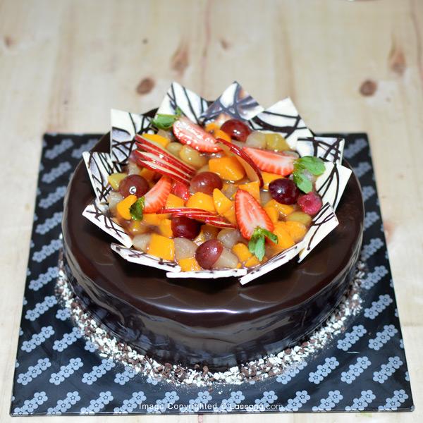 FRUIT DELIGHT CHOCOLATE GATEAU 1.2KG (2.6LBS) - Lassana Cakes - in Sri Lanka