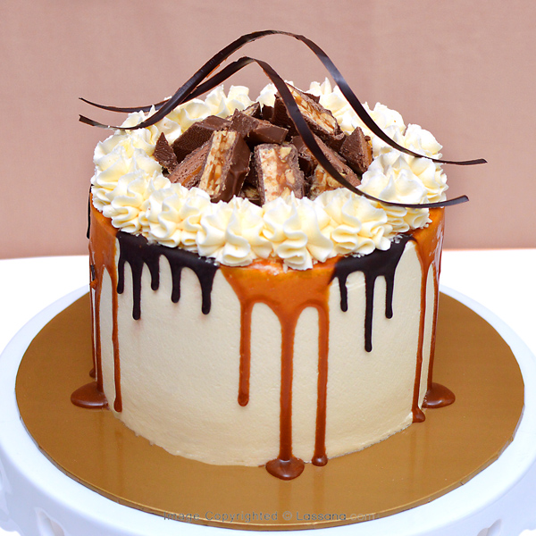 CHOCO CHUNK DRIP CAKE 1KG (2.2LBS) - Lassana Cakes - in Sri Lanka