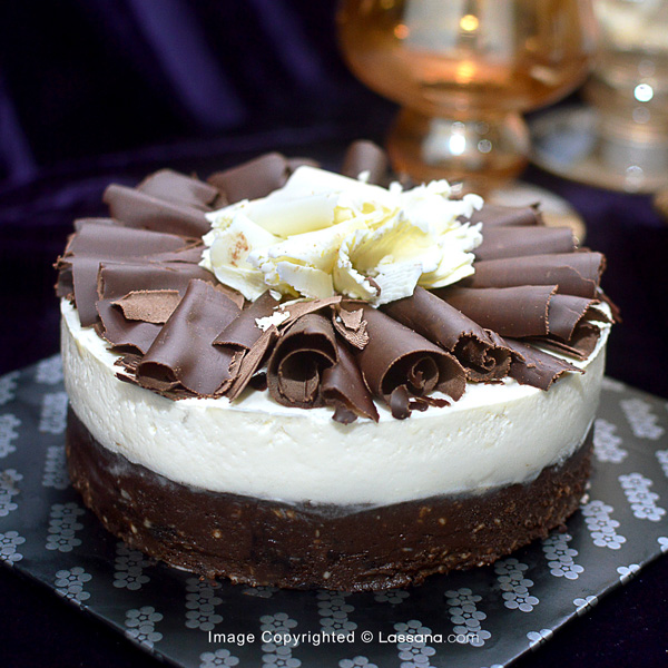 FUDGE BOTTOM CHEESECAKE - 920G (2lbs) - Lassana Cakes - in Sri Lanka